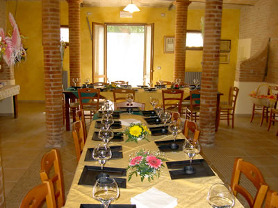 Il Salone del Bed and Breakfast Ravaglia Grande a Castel Guelfo - Imola